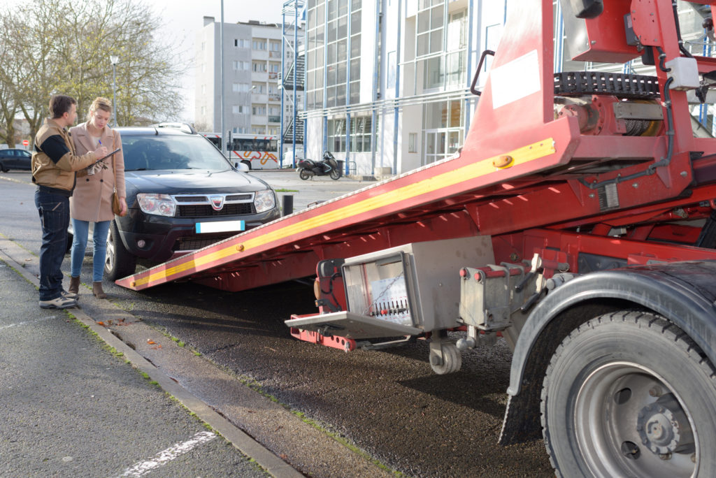 Roadway Flatbed Towing